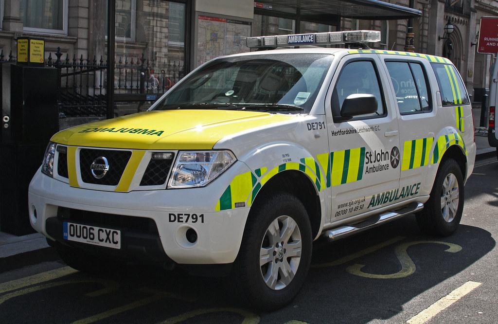 St John Ambulance Nissan Pathfinder Rapid Response Vehicle