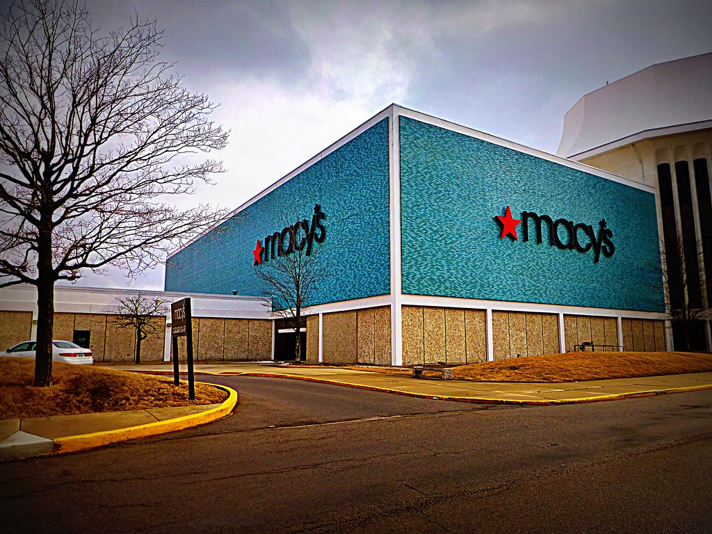 Lima Ohio Mall >> Macy's Lima Mall | This Macy's building is massive! This was… | Flickr