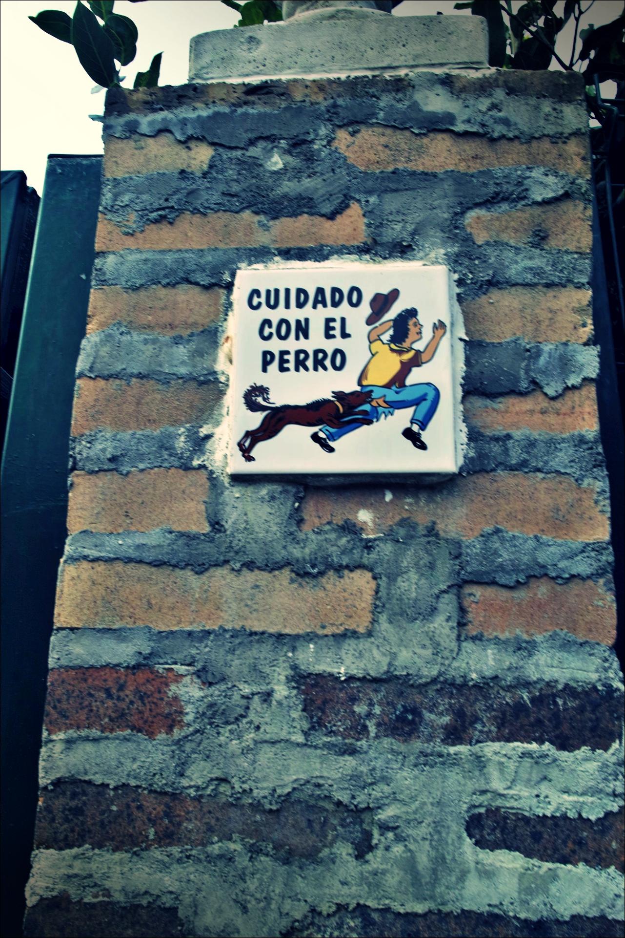 개 조심-'카미노 데 산티아고 북쪽길. 포르투갈레테에서 카스트로 우르디알레스. (Camino del Norte - Portugalete to Castro Urdiales) '