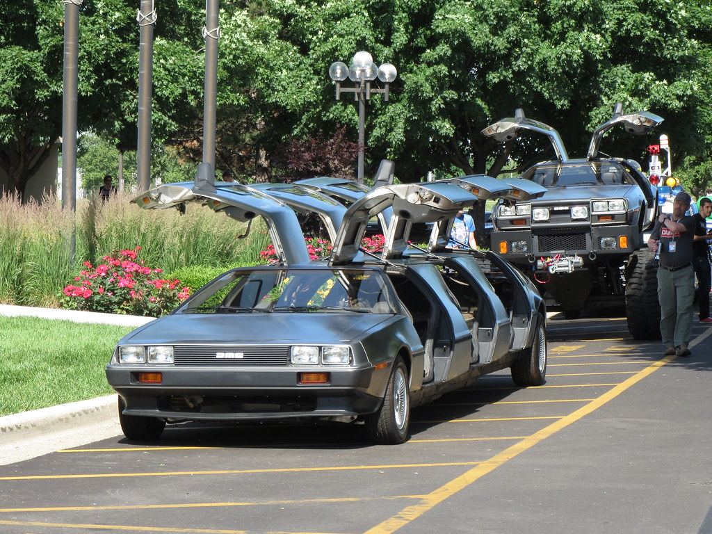 Delorean Stretch Limo And Monster Truck Zombieite Flickr