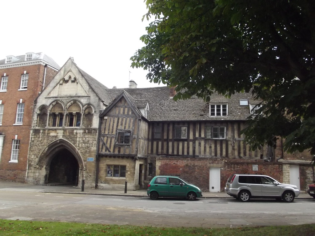 St Mary S Gate St Mary S Square Gloucester In This