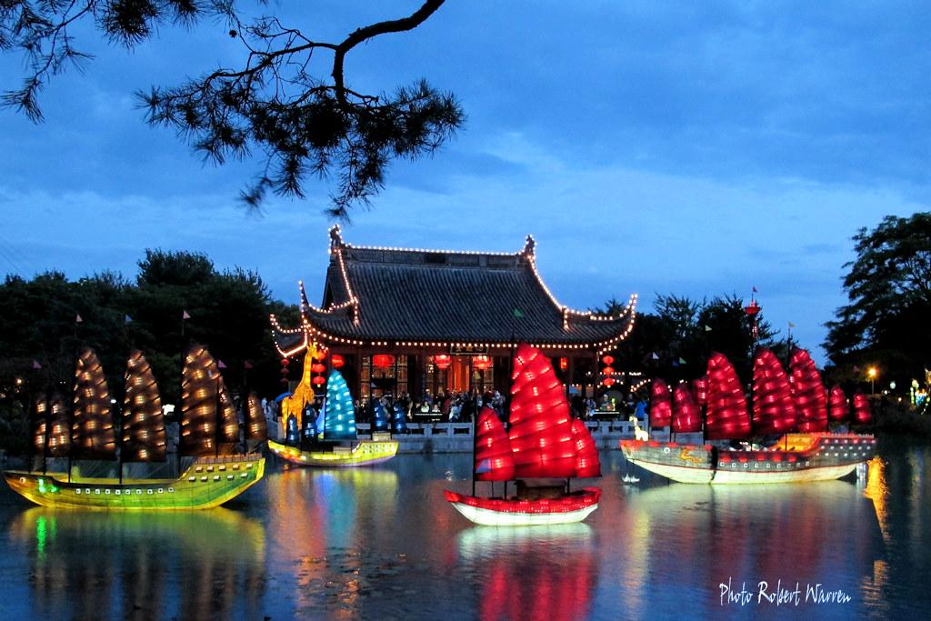 La magie des lanternes au jardin chinois montreal bota for Au jardin les amis singapore botanic gardens