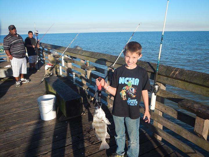 61stpier fishing pierlife galveston tx texas lovega for Galveston fishing pier report