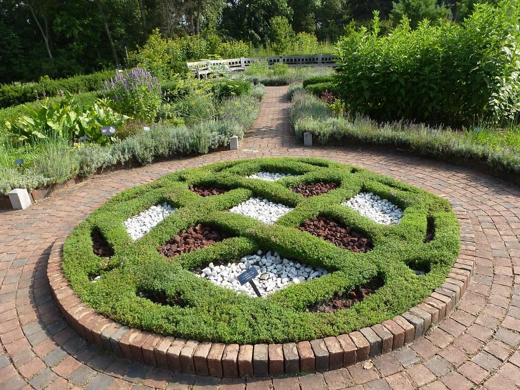 24 Knot Garden Matthaei Botanical Gardens Ann Arbor