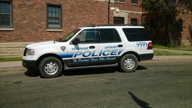 ford expedition veterans affairs police vehicle flickr photo sharing. Black Bedroom Furniture Sets. Home Design Ideas