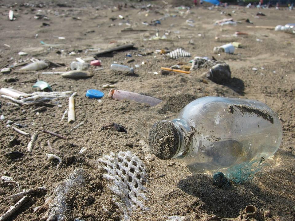 沙灘上的廢棄物