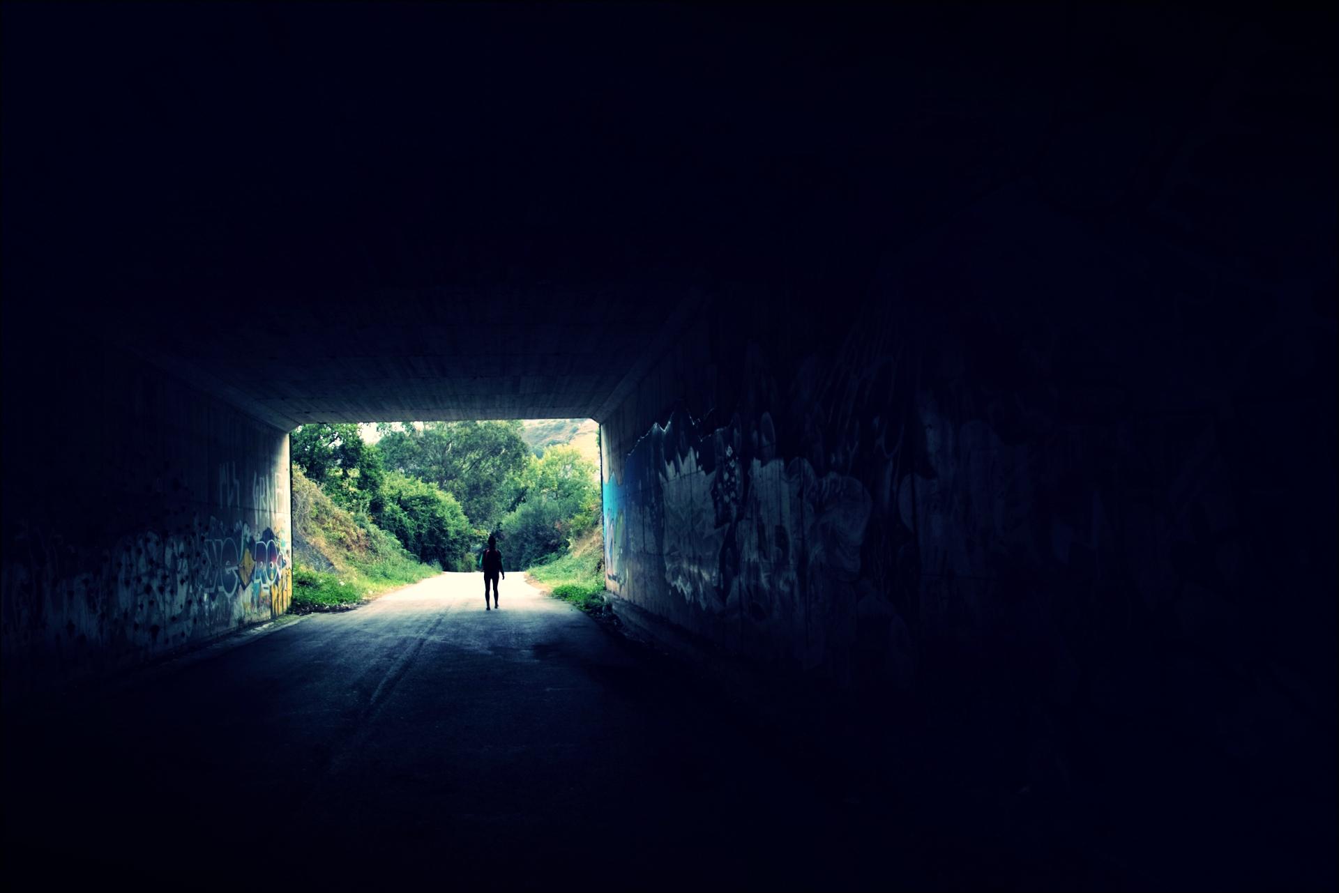 터널-'카미노 데 산티아고 북쪽길. 포르투갈레테에서 카스트로 우르디알레스. (Camino del Norte - Portugalete to Castro Urdiales) '