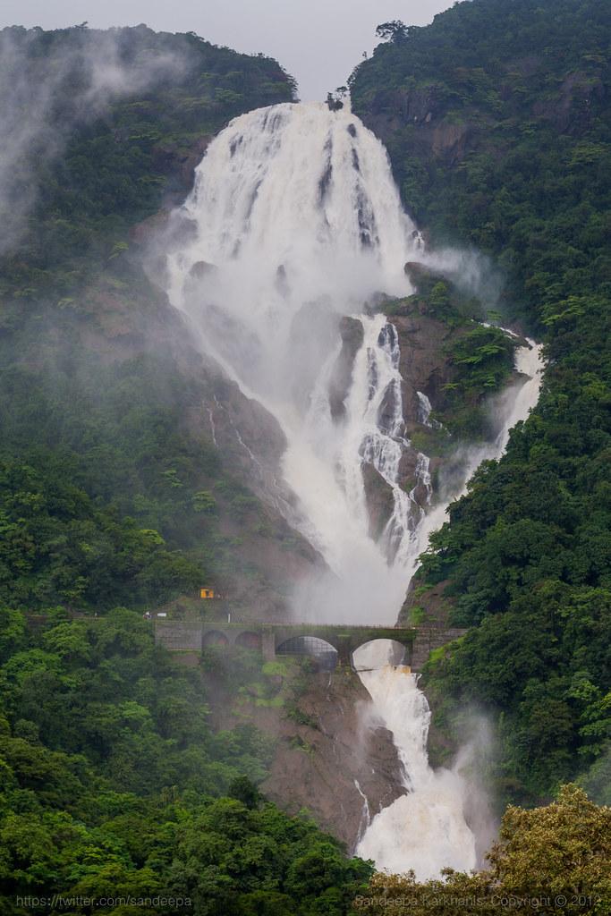 how to reach dudhsagar waterfalls from goa by train