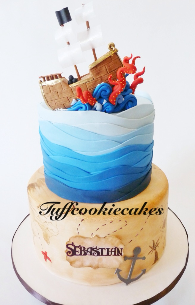 Pirate Themed Birthday Cake Loved Making The Cute Gumpast