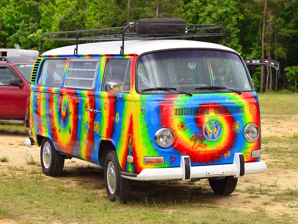 Groovy Vw Bus At The Steel In Motion Nostalgia Drag
