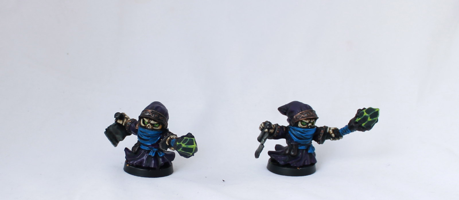 Super Dungeon Explore Shallow Grave Undead Skeleton Wizard Dust Mage Painted Chibi