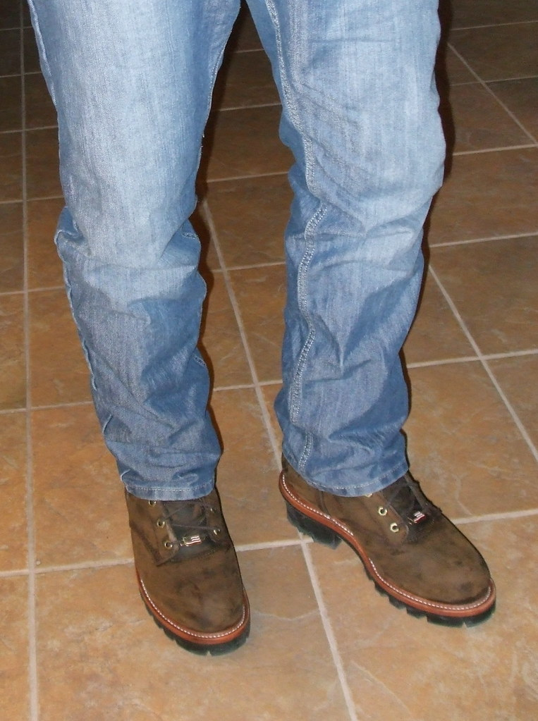 Best Work Boots Made in USA - Shoes that are manufactured in various factories in the United States by highly skilled American workers.
