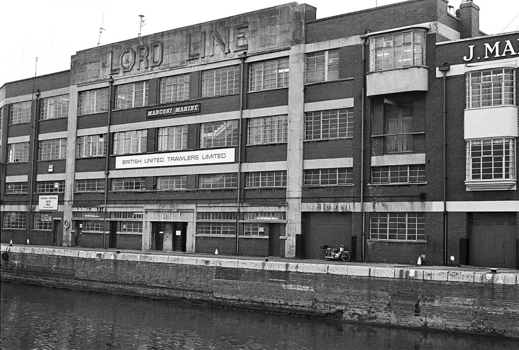 Lord Line Offices St Andrew S Dock Hull 1981 The Offic