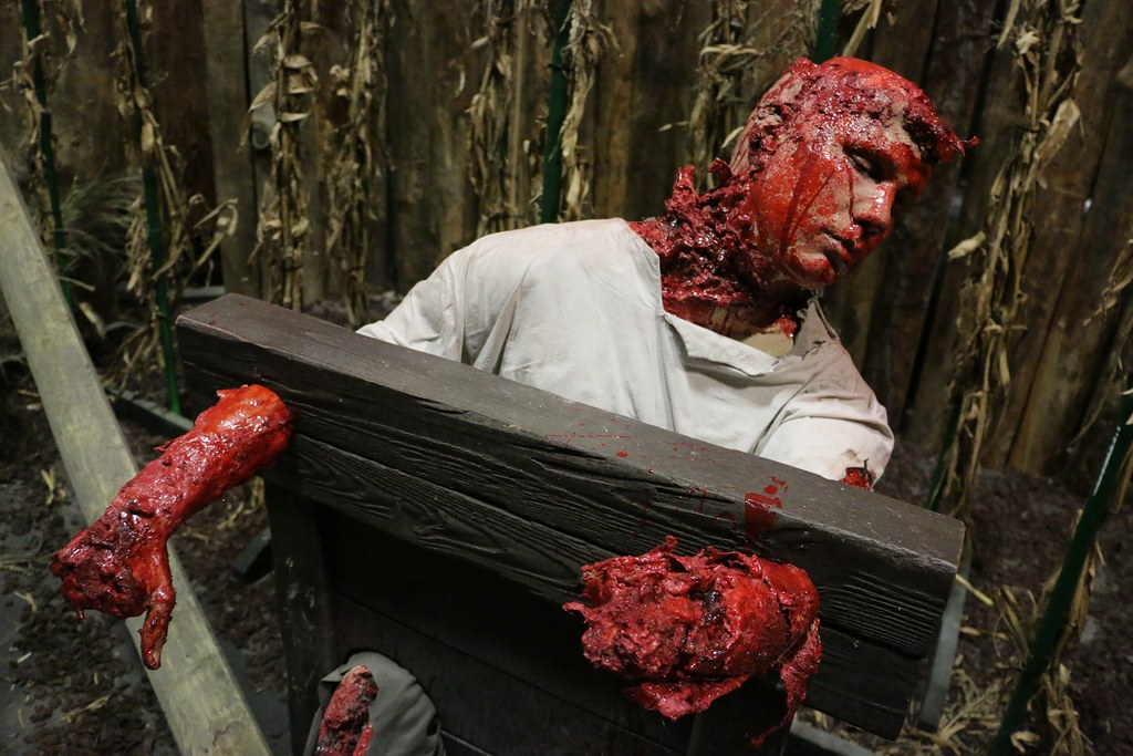 Roanoke Cannibal Colony haunted house at Halloween Horror ...