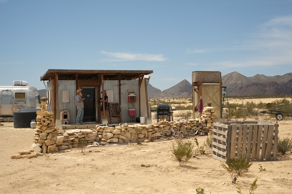 john wells tiny house in his ranch (west texas) - Nicolás Boullosa - Flickr