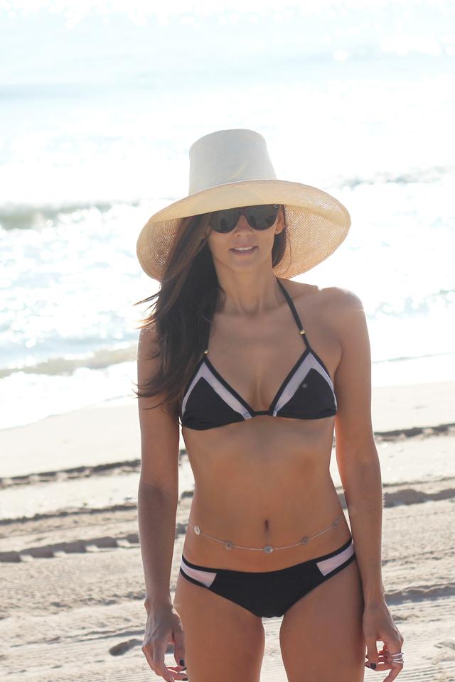 black bikini coohuco 2
