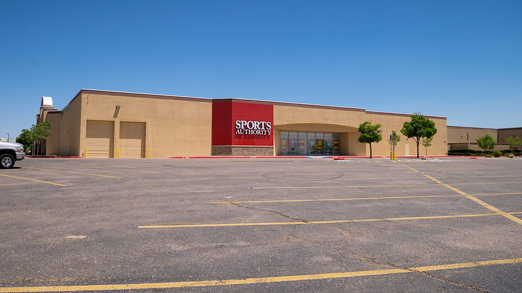 Mervyn S The Sports Authority This Store Was Originally