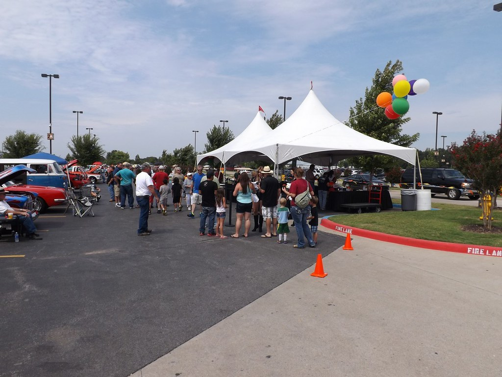 West Siloam Springs Casino Car Show