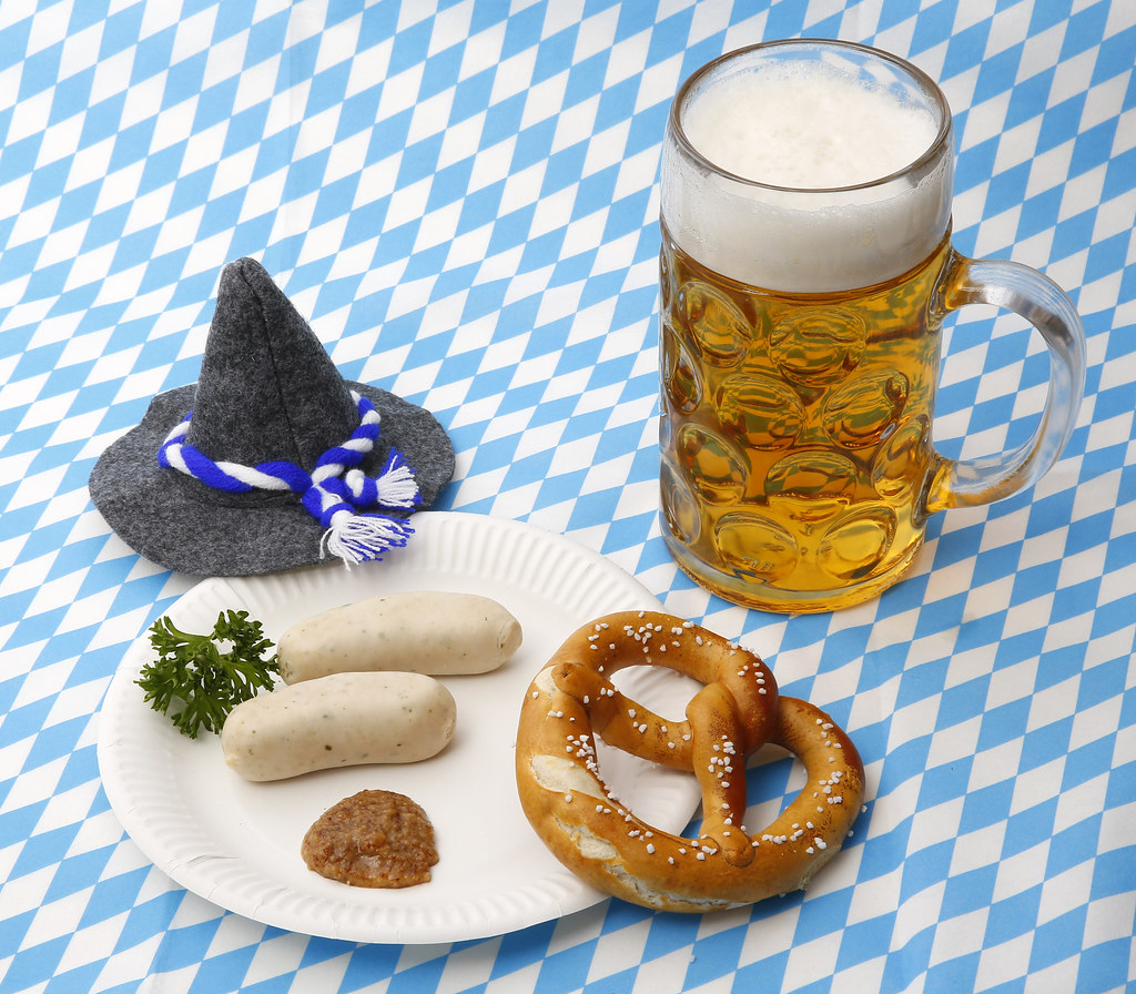 wei w rste brezel senf und bier zum oktoberfest tim reckmann flickr. Black Bedroom Furniture Sets. Home Design Ideas