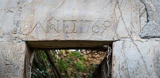 """Año 1769 dintel """"utópico"""""""