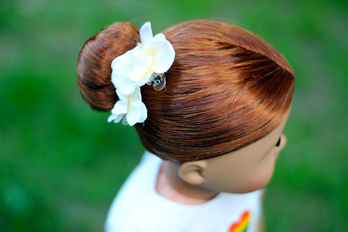 Summer twist hairstyle. | by Inky & Coral