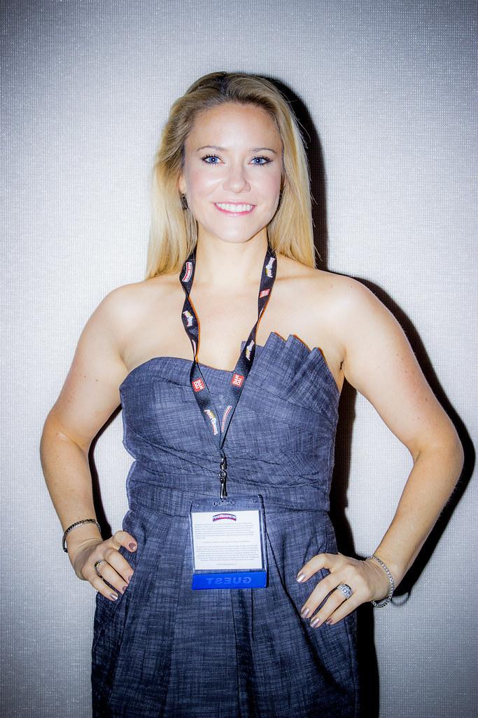 Alyson Sullivan Nude Photos 14