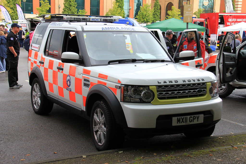 Rossendale Amp Pendle Mountain Rescue Team Land Rover Discov