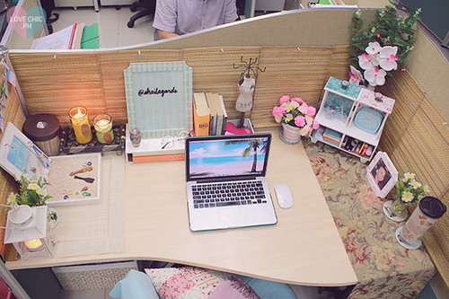 Shai lagarde love chic style blogger cubicle decor beach i for Decoration work