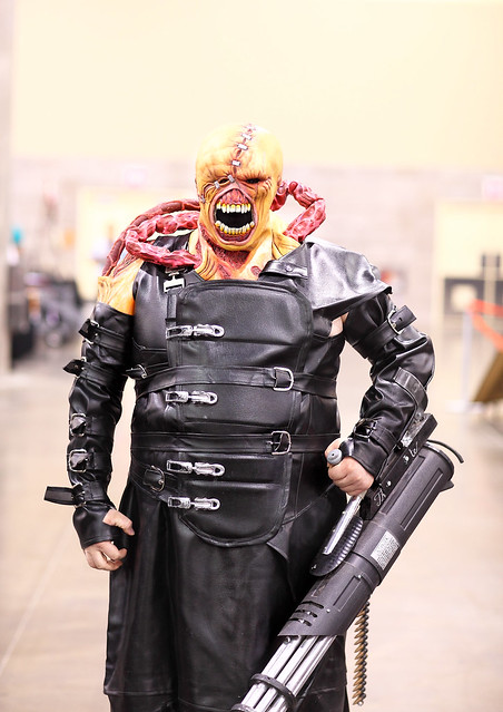 amazing home made nemesis resident evil cosplay 2014