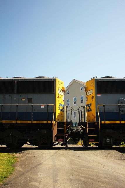 Hudson_CSX train