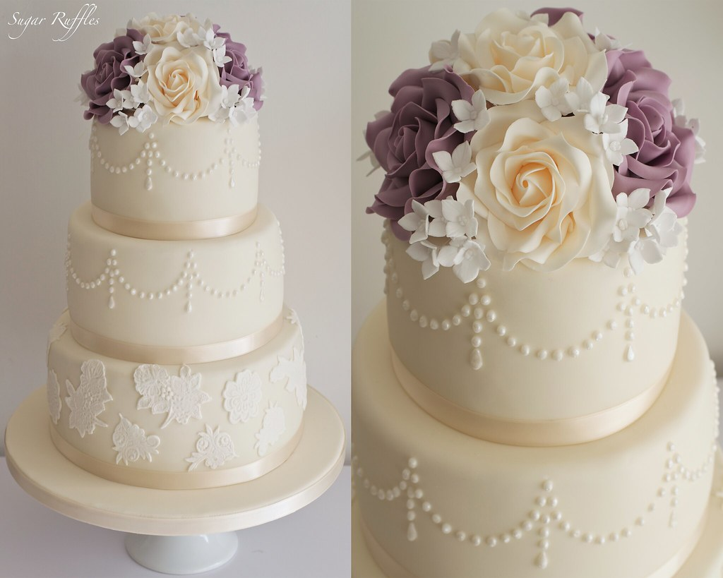 Lace Applique On Cakes