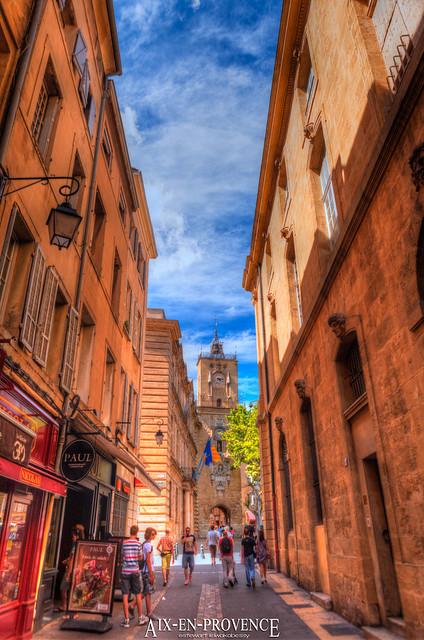 Rue mar chal foch aix en provence provence alpes c te d for Cote commerce aix en provence