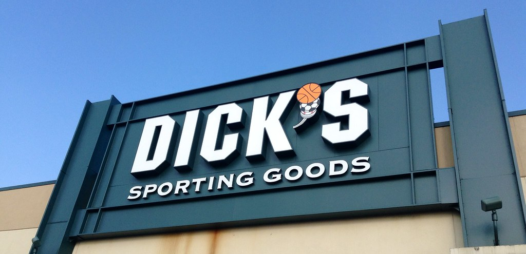 Dicks sporting goods manchester ct