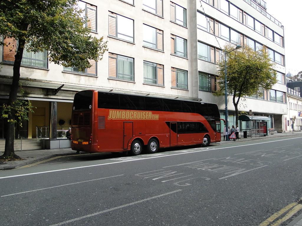meet the vamps tour bus