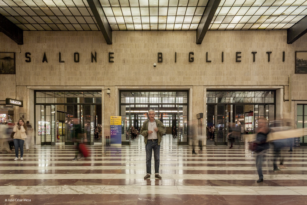 Salone biglietti stazione santa maria novella julio for Salone mobile firenze