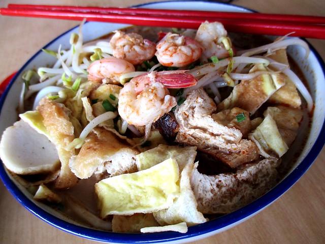 Delta Seafood & Cafe Sarawak laksa 2