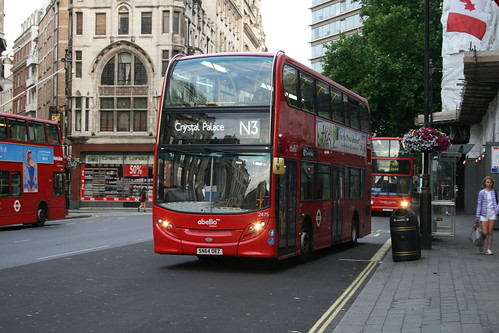 Abellio London 2475 on Route N3, Trafalgar Square