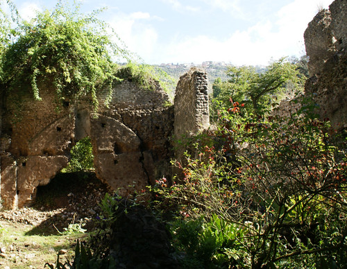 ninfa mittelalterliche ruine medieval ruin rudere medioevale flickr photo sharing. Black Bedroom Furniture Sets. Home Design Ideas
