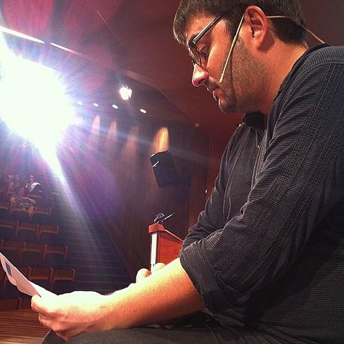 Roger Palà (Sentit Crític) intervé a Digital Granollers en la sessió sobre periodisme #granollers #digitalgran #vallesoriental #barcelona #catalonia #catalunya #mediterrania #internet #periodisme #instagrafic #igerscalella #igersmaresme #igersbarcelona #i