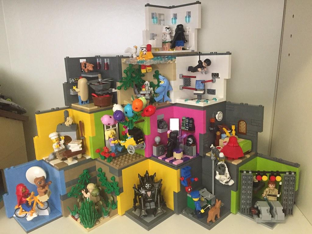 Minifigure Habitats - Handoko