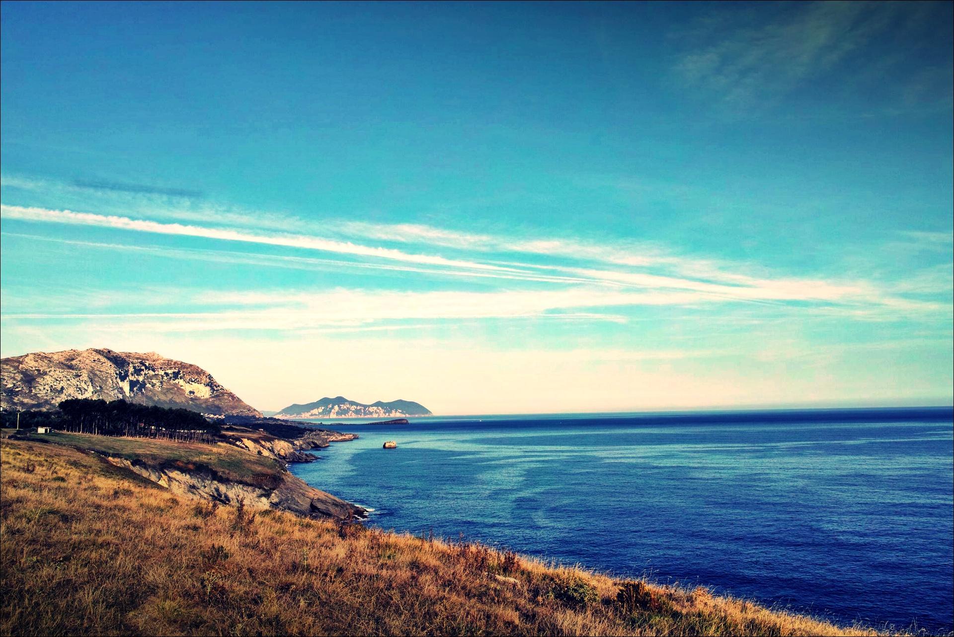 언덕과 바다-'카미노 데 산티아고 북쪽길. 카스트로 우르디알레스에서 리엔도. (Camino del Norte - Castro Urdiales to Liendo) '