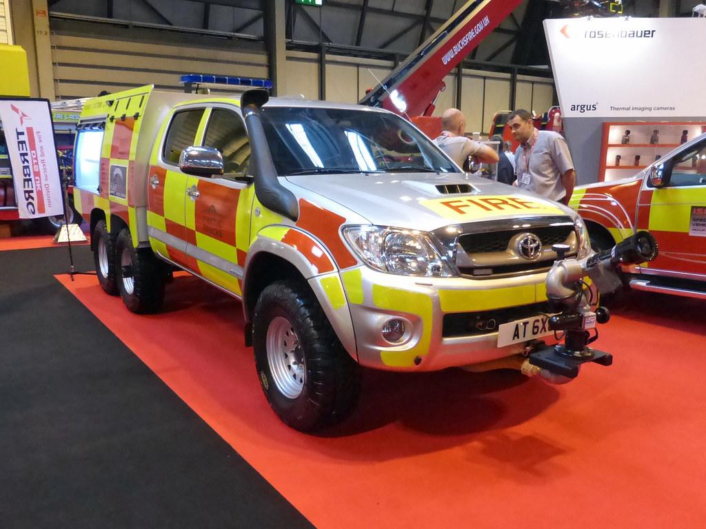 Arctic Trucks Toyota Hilux 6 x 6 | Arctic Truck Toyta ...
