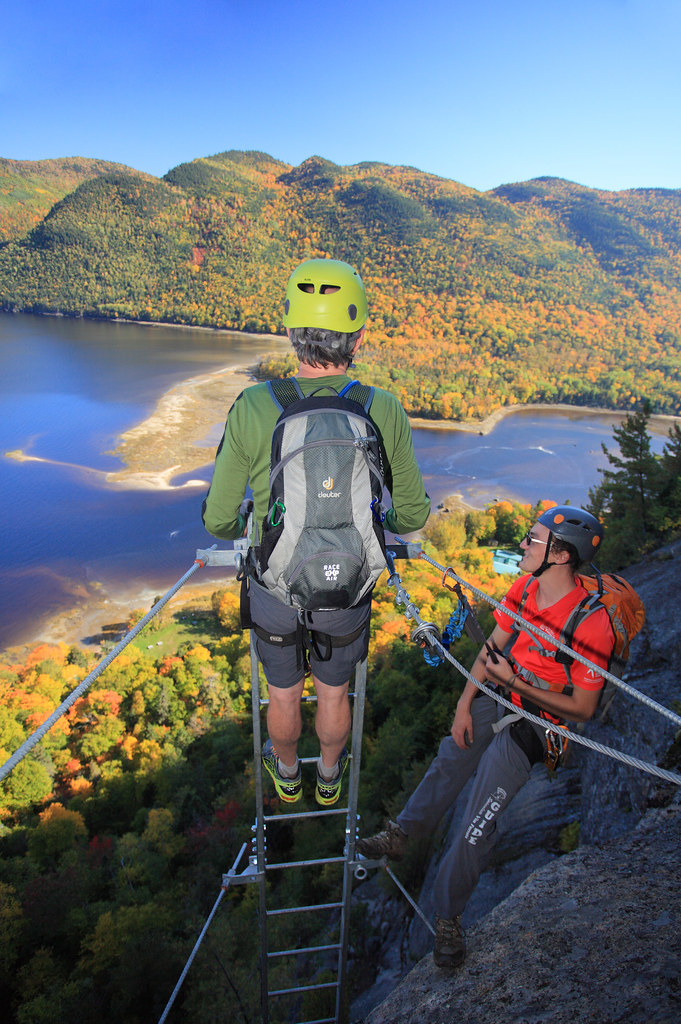 la via ferrata du parc du fjord du saguenay en automne 5 c. Black Bedroom Furniture Sets. Home Design Ideas