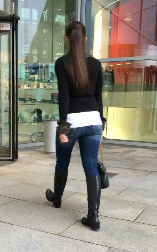 hot teen in sexy boots