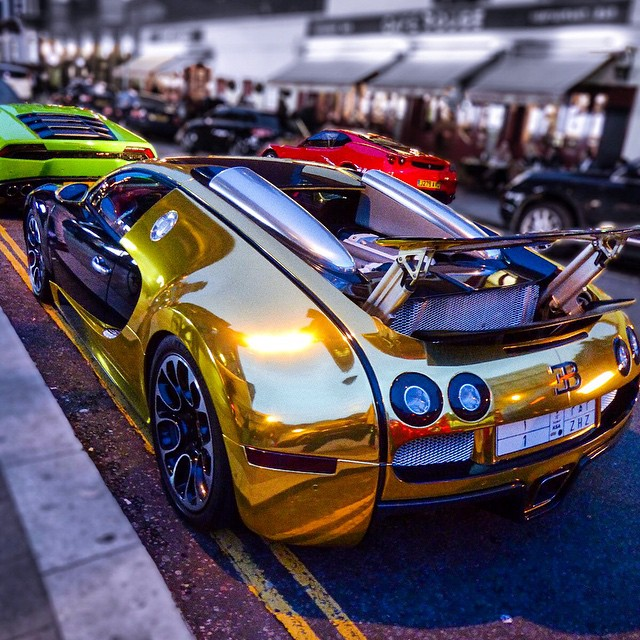 Goldbug Is Back In Town. #goldbug #goldbugatti #bugatti #l