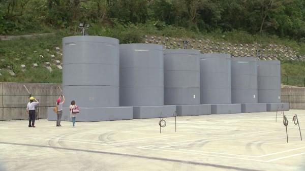 地方居民擔憂,所謂用過核燃料的中期貯存,最後很可能是終極棄置場。圖片來源:公共電視 我們的島核燃料的進退兩難。