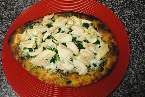 chicken pesto naan pizza (2)