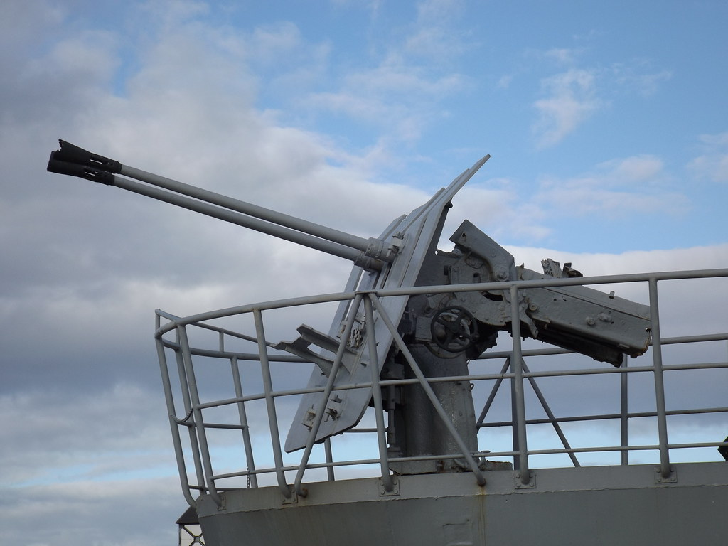 deck guns u 543 was mounted with the rare twin 3 7 cm flak flickr. Black Bedroom Furniture Sets. Home Design Ideas