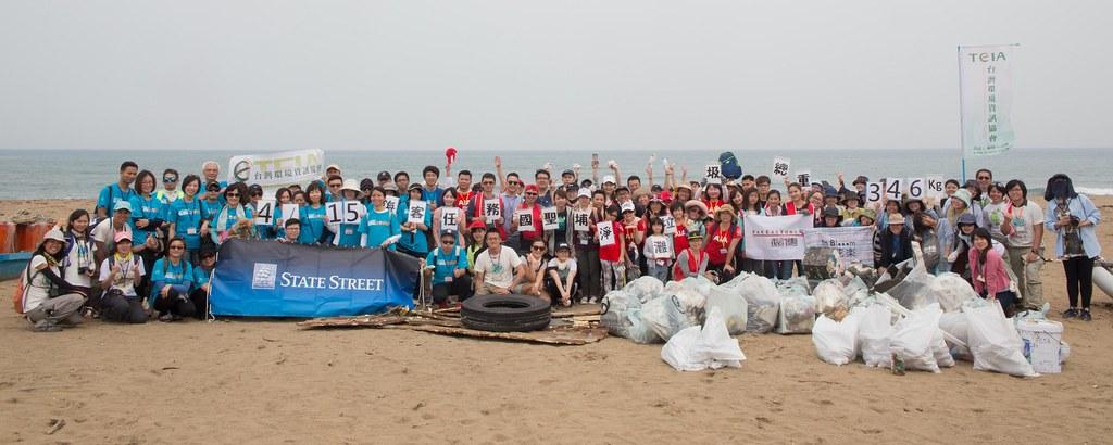 當日淨灘共清出346公斤的垃圾。攝影:吳宜靜。