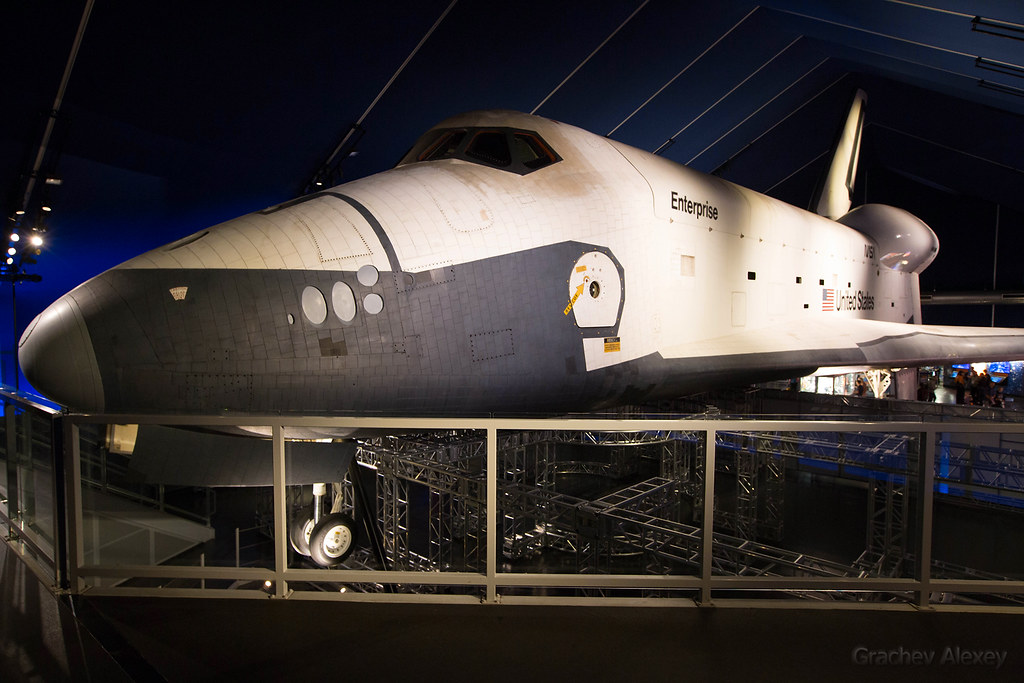 Space Shuttle Enterprise Uss Intrepid Ny Usa The